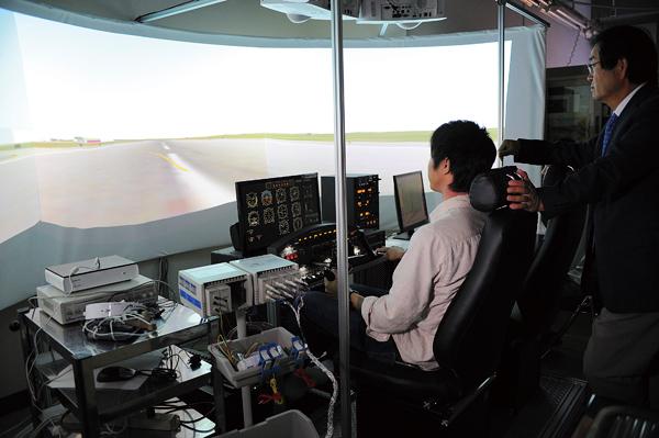 拓殖大学工学部国際コース(国際エンジニアプログラム、航空機操縦プログラム)(八王子市)