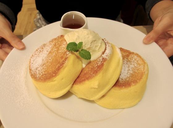 1711_pancake-eye