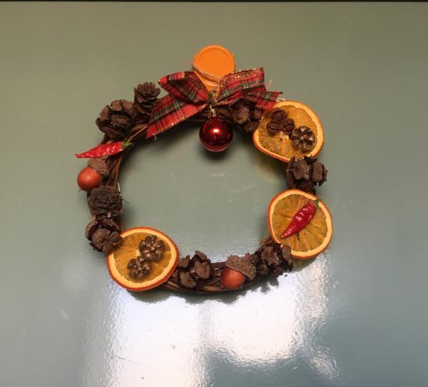 【DIY】クリスマスアレンジメントを100均アイテムでハンドメイド!