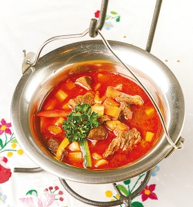 「グヤッシュスープ」