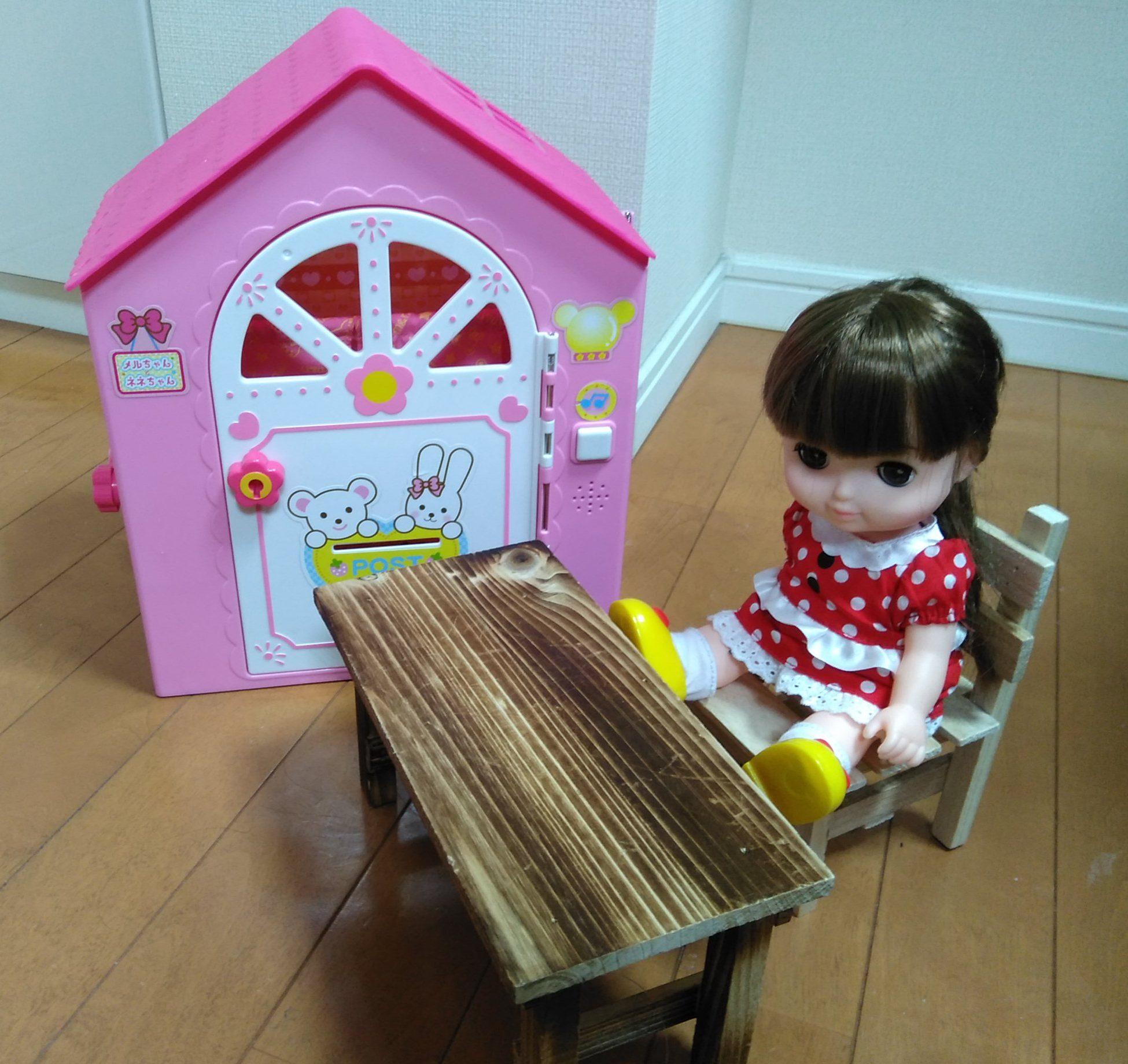 100均の花台がメルちゃん・レミン&ソランの人形用家具に【ダイソー】