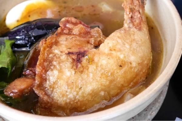 ココロとカラダにやさしい。本日のスープカレーはマタレ-で。