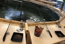 釣り堀カフェ キャッチアンドイート