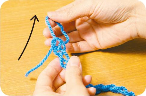 ゆび編みのシュシュ