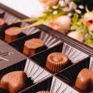 ★妻のホンネ★バレンタイン、自分用チョコの予算は60代で夫の2倍に!?