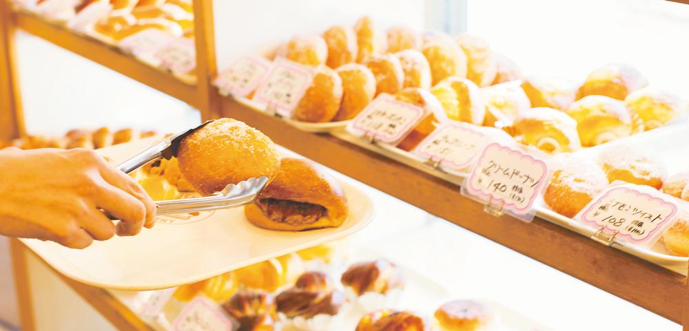 読者&スタッフのお気に入り 街のパン屋さんの総菜パン&菓子パン