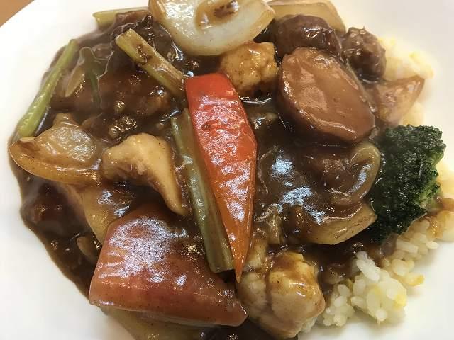 地元野菜の中華なカレーを食べなきゃ「チャイニーズタパス八(ハチ)」@大泉学園