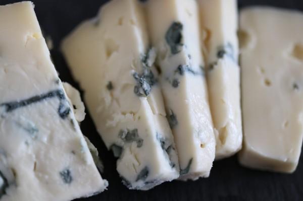 ブルーチーズ ドイツ エーデルピルツケーゼ