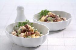 167_豆とチーズのコロコロサラダ