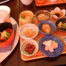 季節のおかずが少しずつ楽しめる♪茨木「マメリ」の豆皿ランチが大人気!