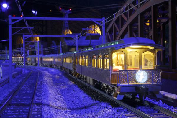 rsize_或る列車スチール