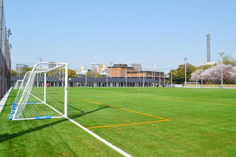 鶴舞公園に、スポーツの交流拠点「テラスポ鶴舞」が誕生!サッカー、ラグビー、ラクロスなど