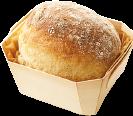 スタッフ考案の新作は、もっちり生地に上品な甘さのクリームチーズをサンド