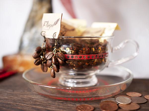 コーヒー豆ピアスP2250880
