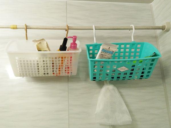 ズボラの大掃除(大整理)①100均のフック付かごがお風呂で活躍!
