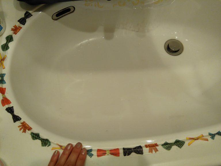 ズボラの大掃除(大整理)②トイレと洗面台の隙間はマステで埋めた!