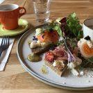 北欧の定番料理スモーブローも。憧れの北欧カフェ「アイスランドマーケット」(本郷)