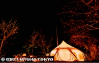 奥多摩の森の中のテント
