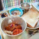 昭和レトロにタイムスリップ!「めしや酒井屋」で給食ランチ@松山市高浜
