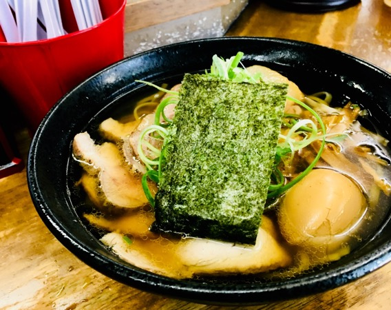地元で評判の「豊中 麺哲」の土日昼限定のラーメンが激ウマ!