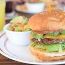 田園都市マダムに人気!「ローラーコースト」でジューシーなハンバーガー!