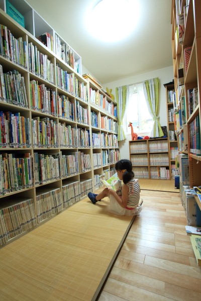 児童向け蔵書3000冊以上!私設図書館「くじら文庫」でほっこり@習志野