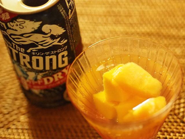 話題の冷凍フルーツは本当においしい?オススメアレンジもご紹介!