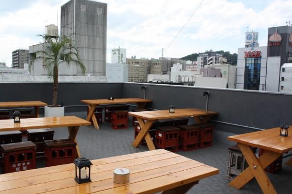 新規オープン「あひるちゃん」は屋上テラス席でBBQも