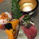 フォアグラ鍋や世界三大珍味の寿司が絶品!大阪・難波「地鶏炭火焼 鶏樹」