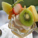 果実店直営だから果物たっぷりミニパフェ450円!夏は氷スイカも!湊川「珈琲館 東山」