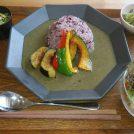 緑に囲まれた地元野菜豊富な倉庫カフェ☆大阪・南河内「ナッツカフェ」