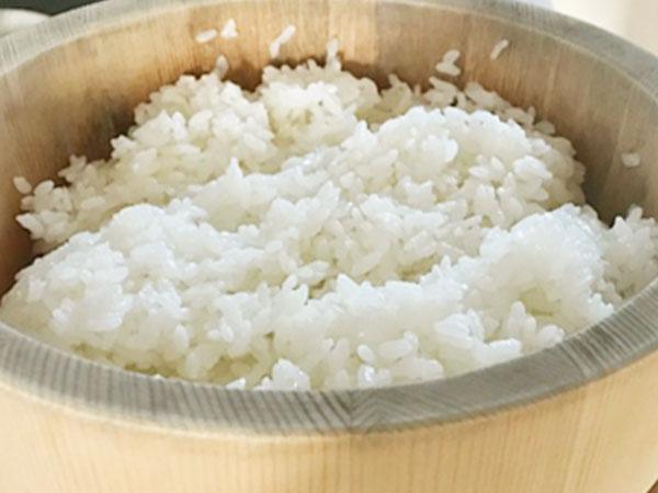 これはぜったいおすすめしたい!!【おひつ】でお米が美味しくなる♪
