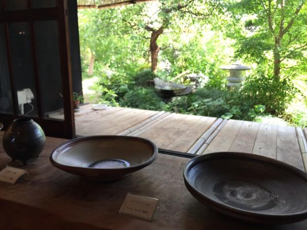 縁側と庭があるギャラリー「隣花庵(りんかあん)」@松山市小栗