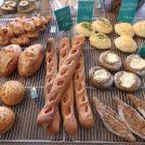 江ノ電の見えるパン屋さん「ル・ボートン」