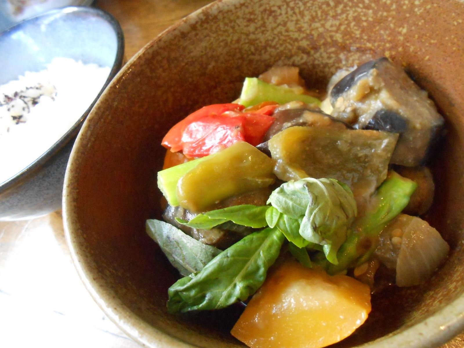 居心地最高!体喜ぶ野菜たっぷりのカフェランチを甲東園「カルメリ」で♪