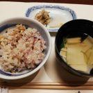 《栄》秋限定!松茸の炊き込みご飯のランチ。3世代にぴったり「梅の花」