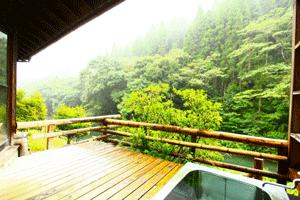 霧島遊びの帰りは立ち寄り湯へ。気軽に利用できる美肌の湯を紹介!読者特典もあり!