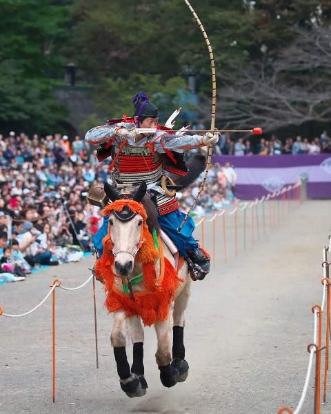 美しい装束の射手と馬が秋の町田を駆ける! 10/28(日)「町田時代祭り 2018」