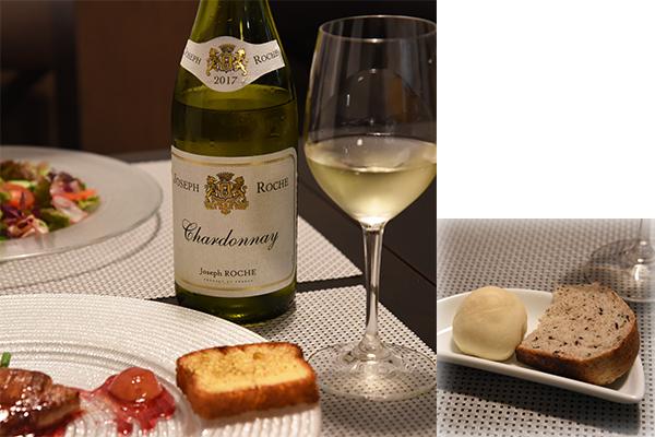 「フランス産フォアグラのポワレ 巨峰のワインソース」(+500円)