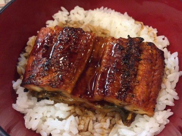 【上野】備長炭で焼く「うな丼」が500円で味わえるお店へ!