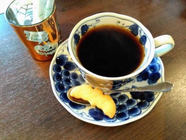 【戸塚】メルヘンな雰囲気で本格的ドリップコーヒー♪カフェ・コッチ