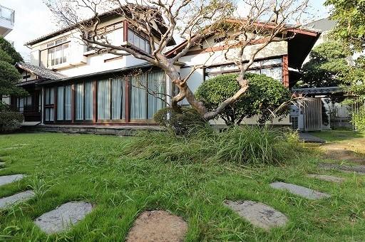 【大田区・西馬込】日本の書 かなの美で近代短歌を味わう 熊谷恒子記念館