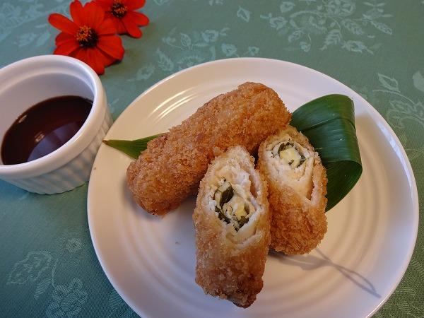 箕面滝道散策のお供に♪「惣菜屋クルマ」はお弁当やお総菜が豊富