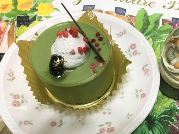 ローソンUchi Cafe『宇治抹茶ショコラケーキ』を食べてみた
