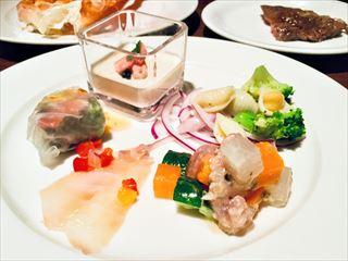 【シェラトン都ホテル大阪】カニ食べ放題!ホテルブッフェで冬を満喫☆