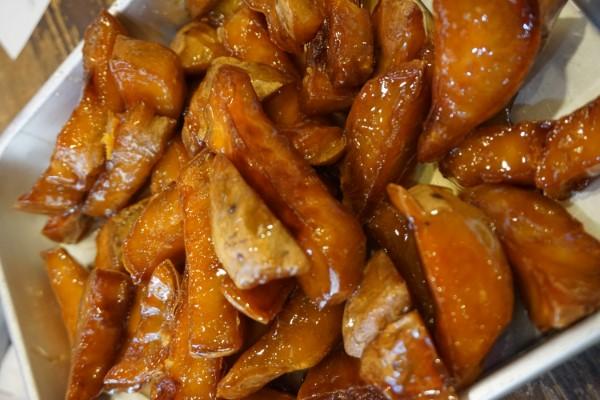 アツアツ焼き芋に行列&即完売!スイートポテトが手土産におすすめ!茨木阪急本通商店街「らんらん」