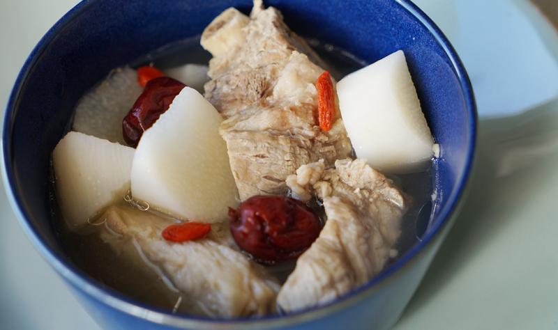 ヤマイモパイコースープ(山藥排骨湯)