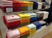 名入れでオリジナルのタオルを購入できる!タオル美術館 エミフルMASAKI店