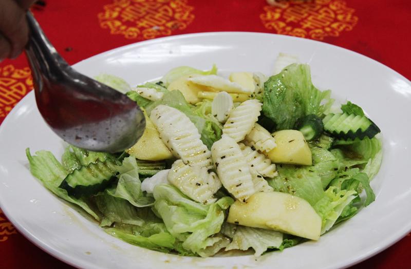 ヤマイモのサラダ