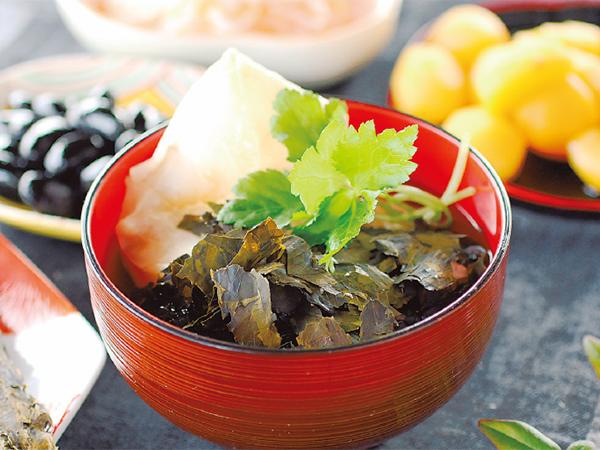 平成最後のお正月はいつもより贅沢なお雑煮を「はば海苔」を入れて、 千葉の味に!